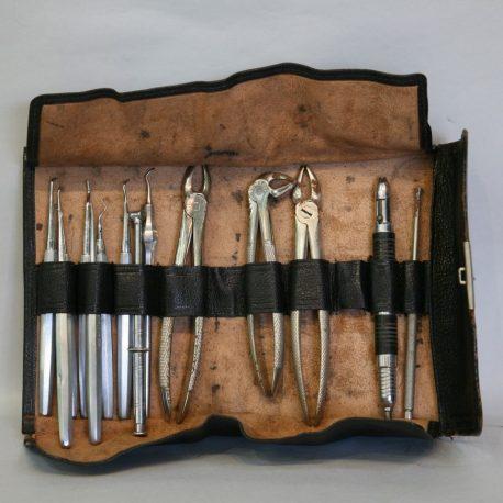 TH37 Air Ministry Dental Kit c